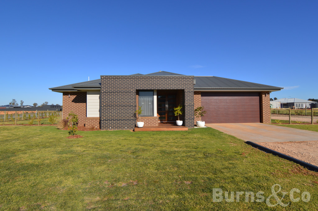 36 Moontongue Drive, GOL GOL  NSW  2738