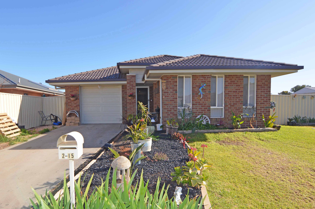 2/15 Philippa Crescent, MILDURA  VIC  3500